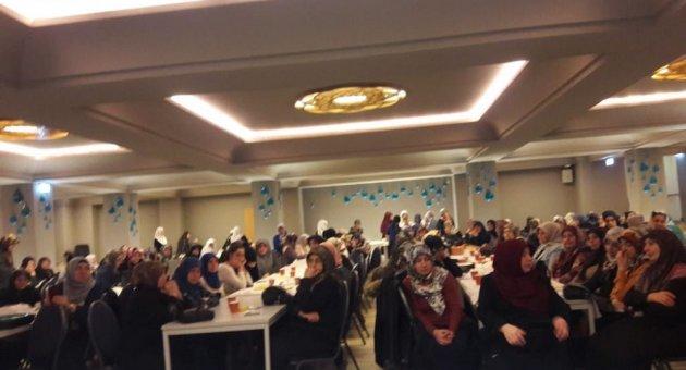 DİTİB Berlin Türk Şehitlik Camiinde Bayanlar İçin Mevlid-i Nebi Programı Tertip edildi.